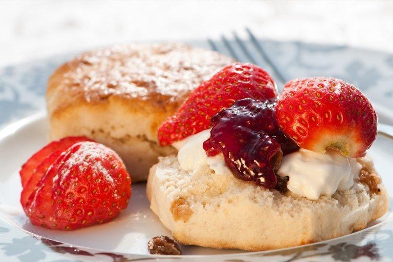 「strawberry cream tea」の画像検索結果